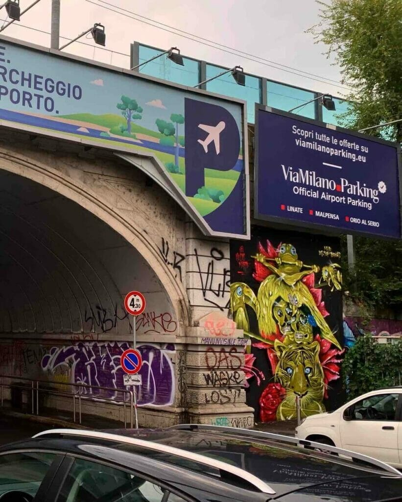 street totem tre ponti per linate milano